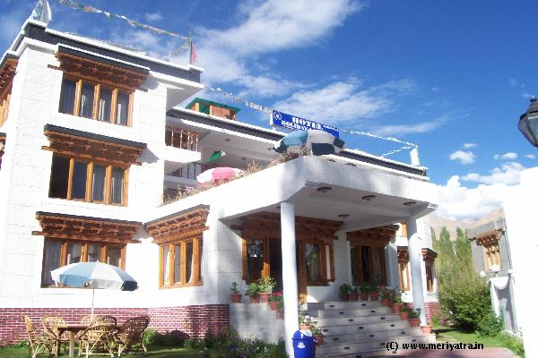 Hotel Holiday Ladakh hotels