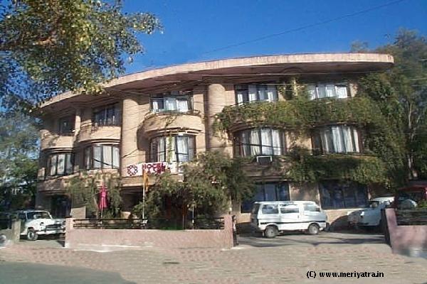 Hotel Basera hotels