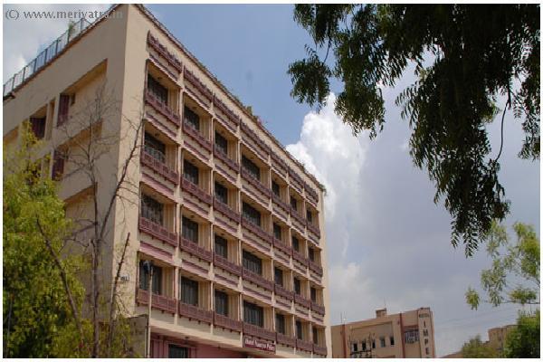 Hotel Maurya Palace hotels