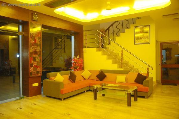 Hotel Gorbandh hotels
