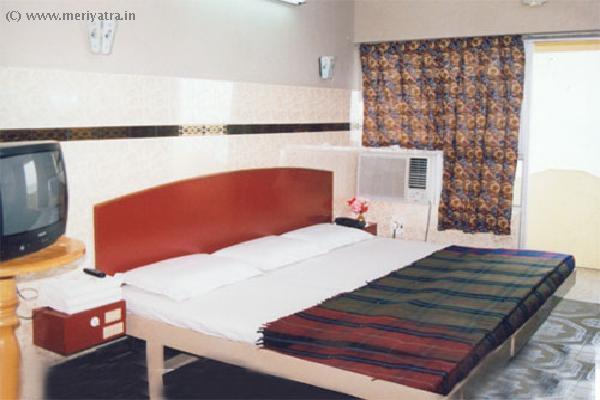 Hotel Maadhini hotels