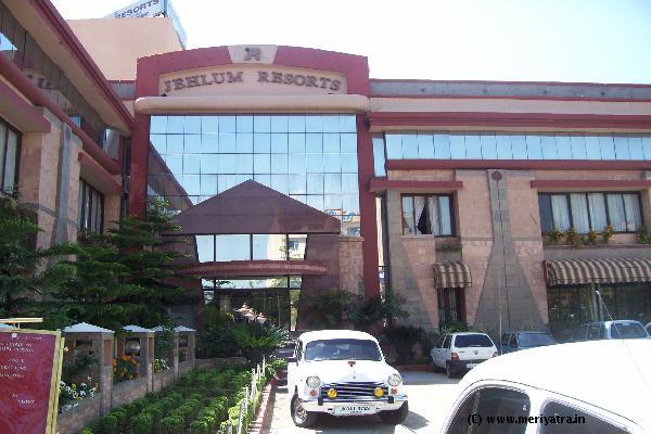 Jehlum Resorts hotels